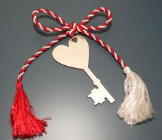 . Holiday Traditions, Light In The Dark, Tassel Necklace, Red And White, Crafts For Kids, Traditional, Christmas Ornaments, Holiday Decor, Spring