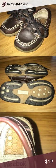 Weebok by Reebok Shoes Size 5 1/2 Toddler Shoes in brown lace up with stitching detail size 5.5 Guc except insoles show some wear size 5 1/2 Reebok Shoes Baby & Walker