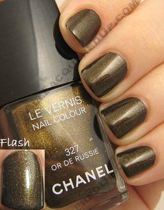 Chanel Or De Russie exclusive Paris-Moscow Nailcolor Chanel Nail Polish, Chanel Nails, Wonder Nails, Beautiful Nail Polish, Great Nails, Make Me Up, Nail Pro, Nail Polish Colors, Paris