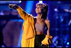 Ariana Grande, Justin Bieber, Bruno Mars & Britney Spears to Perform on Jingle Ball Tour