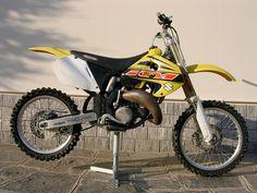 my first love... suzuki RM 125 my 2000    #accorgitene #suzuki #motocross