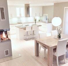 21 Modern Kitchen Area Suggestions Every Home Prepare Needs to See Küchen Design, Design Case, House Design, Design Ideas, Kitchen Interior, Kitchen Decor, Kitchen Layout, Home Interior, Cuisines Design