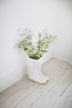 Decor: Stiefel Vase - 30cm Weiss