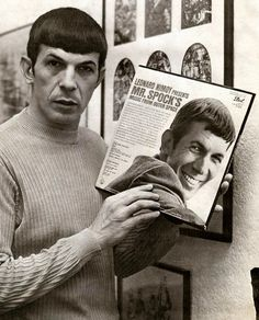 Raiders of the Lost TumblrLeonard Nimoy Apresenta Música do Sr. Spock From Outer Space