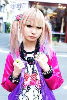 Girl in satin bomber jacket from Nadia with eyeball accessories and retro video game knee socks. Japanese Street Fashion, Tokyo Fashion, Harajuku Fashion, Kawaii Fashion, Lolita Fashion, Harajuku Style, Diesel Punk, Weird Fashion, Cute Fashion
