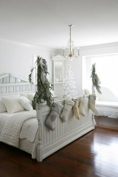 2013 Christmas bedding room decor, Christmas white impression bedding room, 2013 home decoration for Christmas #2013 #Christmas #bedding #room #decor www.loveitsomuch.com