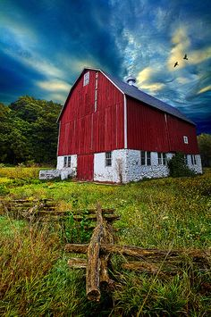 Red barn |Pinned from PinTo for iPad|