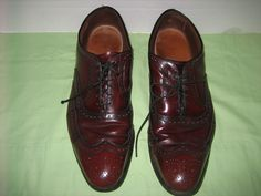 """""""Tons of life left is this nice men's oxfords!"""