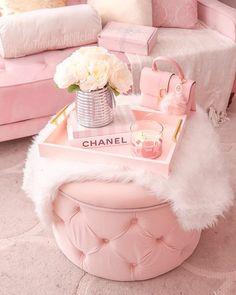 Home Interior Vintage .Home Interior Vintage Baby Pink Aesthetic, Aesthetic Vintage, Aesthetic Black, Aesthetic Grunge, Glam Room, Pink Photo, Room Ideas Bedroom, Pink Bedroom Decor, Pink Home Decor