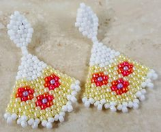 Beaded Earrings - Beadwork Earrings - Peyote Earrings - Seed bead Earrings - Handmade Jewelry - Beaded Jewelry.  Shipping is free within US