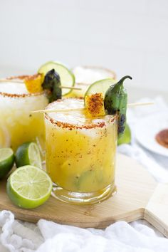 Spicy Jalapeño Mango Margaritas are a delicious sweet and spicy drink perfect for hot summer days outdoor grilling taco Tuesday or Cinco de Mayo parties! Jalapeno Margarita, Mango Margarita, Margarita Recipes, Spicy Margarita Recipe, Margarita Party, Summer Cocktails, Cocktail Drinks, Fun Drinks, Cocktail Recipes