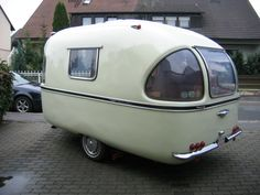 Small Teardrop Rv Camper Trailer Model 40 image is part of Fabulous Small Teardrop RV Camper Trailer Model that Must You See gallery, you can read and see another amazing image Fabulous Small Teardrop RV Camper Trailer Model that Must You See on website Tiny Trailers, Vintage Campers Trailers, Retro Campers, Vintage Caravans, Camper Trailers, Boler Trailer, Classic Campers, Retro Caravan, Camper Caravan