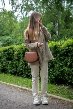 Perfect Image, Perfect Photo, Love Photos, Cool Pictures, Chloe Nile Bag, Fendi, Gucci, Zara Sneakers, Summer Handbags