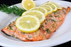 Salmon with Garlic Lemon and Dill keeps things simple and healthy. Use all olive oil (instead of butter) and 12 ounces salmon to serve Lemon Salmon, Baked Salmon, Salmon Recipes, Seafood Recipes, Pork Tenderloin Medallions, Pork Schnitzel, Gluten Free Puff Pastry, Sockeye Salmon, Salmon Fillets