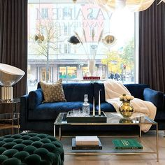 Green, blue & some gold! Coffee Table Styling, Green And Gold, Living Room Decor, Couch, Interior Design, Blue, Apartments, Furniture, House Ideas