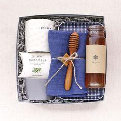 5 Gifts for a Traditional Housewarming with a Twist Hygge Housewarming Gift Box. Whether you've been invited to an open house, or you're the realtor at closing, a housewarming gift is a thoughtful gesture to welcome someone into their new home. Traditional Housewarming Gifts, Unique Housewarming Gifts, Housewarming Party, 5 Gifts, Easy Gifts, Gourmet Food Gifts, Curated Gift Boxes, Realtor Gifts, Employee Gifts