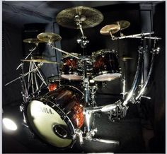 Tama Starclassic B/B (Molten Brown Burst-MBR) with an awesome looking rack.