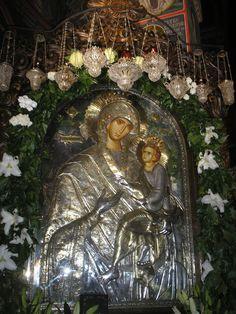Icoana Maicii Domnului Grabnic Ascultatoare, de la Manastirea Lainici, copie adusa de la manastirea Dohiariu din Sfantul Munte Athos-23 iulie 2006