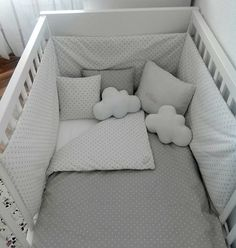 Grey and white bedding Baby Bedroom, Baby Boy Rooms, Baby Room Decor, Baby Boy Nurseries, Nursery Room, Kids Bedroom, Ideias Diy, Baby Furniture, Future Baby