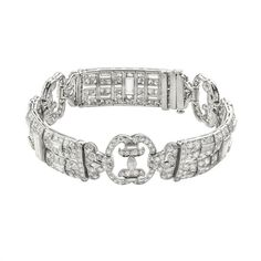 An Art Deco diamond bracelet (348.140 HRK) ❤ liked on Polyvore featuring jewelry, bracelets, art deco-inspired jewelry, deco jewelry, art deco inspired jewelry, diamond jewellery and diamond bangles