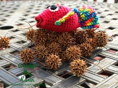 CrochetByKarin: I Didn't Crochet For This #catchandrelease #crochet #humor #fish #dailypost #dailyhumor #fiberart #wordart #stickysituation