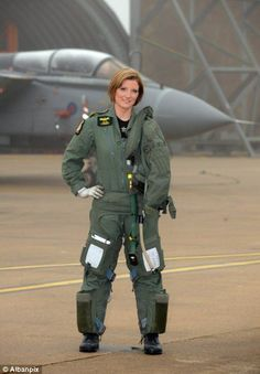 Awesome noise: Flt Lt Fleming sent Taliban fanatics scurrying for cover by repeatedly swooping low over their heads in her Tornado fighter bomber Female Fighter, Fighter Pilot, Fighter Jets, Female Pilot, Female Soldier, Military Women, Girls Uniforms, Royal Air Force, Armed Forces