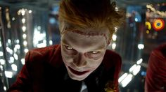 Ladies and gentleman! Arkham could not ignore all the madness that was in the last episode of Gotham! And then here's the great return of Jerome, with his sh. Jerome Gotham, Gotham City, Morena Baccarin Gotham, Jerome Valeska Joker, Cameron Jerome, Joker Meme, Gotham Joker, Gotham Tv Series, Dc Comics
