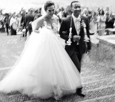 Enjoy Some Lovely New Photos From Chrissy Teigen and John Legend's Wedding - Cosmopolitan