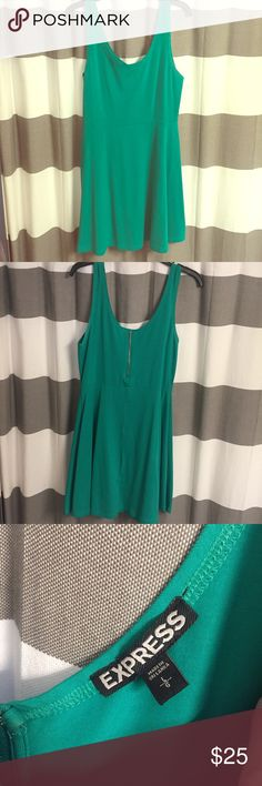👗 Green Express Dress👗 Super flattering cotton dress from Express size large. I wore this once for St Patty's Day 🍀 stretchy cotton material A-line... make an offer! You need this for St Patrick's Day!! Express Dresses Asymmetrical