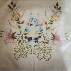 Vintage Embroidery, Embroidery Patterns, Hand Embroidery, Machine Embroidery, Color Magic, Mavis, Diy And Crafts, Stitch, Pillows