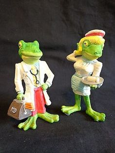 Frog Figurine Set of 2 Doctor and Nurse Enesco 1991
