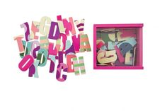 Magnetbokstaver fra Sebra, jente Alphabet Magnets, Nye, Design, Home Decor, Html, Alphabet, Fun Learning, Future Tense, Letterpress Printing
