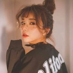 Ideas For Hair Makeup Photography Inspiration Aesthetic People, Aesthetic Girl, Ulzzang Fashion, Korean Fashion, Korean Beauty, Asian Beauty, Moda Ulzzang, Pretty People, Beautiful People