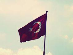 Bayrak www.LokmanAVM.com - Burası TÜRKİYE; Burada OSMANLININ Gözü Kara!. Verecek Bir Canımız Var, O da Kurban OLsun.! Bir الله ALLAH'a, Bir de, الله ALLAH için VATAN'a.! ► https://www.LokmanAVM.com/ ◄ @LokmanAVMcom #LokmanAVM #ALLAH #MUHAMMED #Din #iman #islam #Bayrak #Vatan #Millet #Ay #Yıldız #AyYıldız #AyYıldızlıBayrak #Hilal #Kamer #Kurtuluş #Ecdad #Osmanlı #Diriliş #Cumhur #Uyanış #Osmanlıimparatorluğu #SonOsmanlı #Türkiye #Vatanımız #Can #Kurban ► https://www.LokmanAVM.com/ ◄
