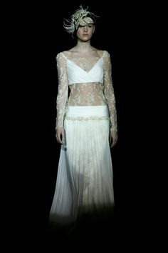 Isabel Zapardiez Victorian, Dresses, Fashion, Vogue Spain, New York Fashion, Walkway, Seasons, Pictures, Vestidos