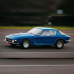 Brasinca 4200 GT Uirapuru 1964 - 1966 Maintenance/restoration of old/vintage… Vintage Cars, Cool Cars, Restoration, Classic Cars, Automobile, Vehicles, Instagram, Passion, Classic Sports Cars