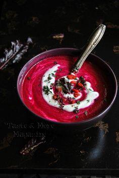 Vellutata rapa rossa mela verde yogurt e gorgonzola