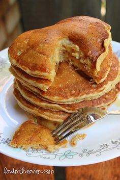Fluffy buttermilk pancakes.... I'll have to try to make these for the hubs, He loves pancakes