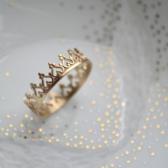 Image of Une couronne en or 14K