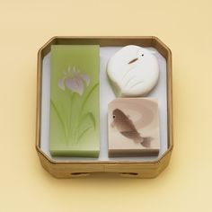 Most gorgeous Japanese sweets EVER … Japanese Bar, Japanese Sweets, Japanese Wagashi, Tea Ceremony, Cute Cakes, Cute Food, Confectionery, Mochi, Food Art