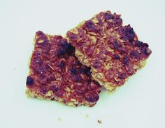This Hazelnut flapjack is a very simple recipe, ideal snack for lunch-boxes, picnics or go well with your morning coffee or afternoon tea. How To Better Yourself, Cauliflower, Picnic, Lunch Box, Easy Meals, Healthy Recipes, Snacks, Meat, Vegetables