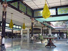 More Elegant Hall, Yogyakarta Kraton, Yogyakarta, Java, Indonesia