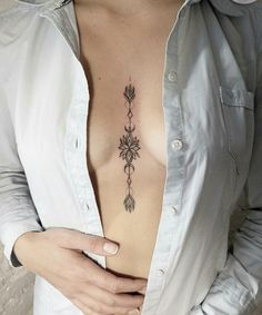 Sternum tattoo is a perfect choice for the ladies. Check out these beautiful sternum tattoo ideas! Girly Tattoos, Trendy Tattoos, Foot Tattoos, Sexy Tattoos, Unique Tattoos, Body Art Tattoos, Small Tattoos, Tattoos For Women, Sleeve Tattoos