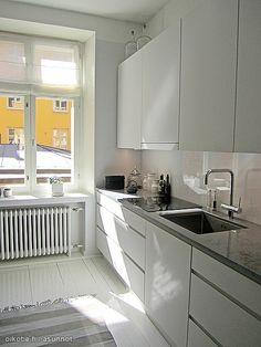 Kaikki kuvat | Oikotie Kitchen Cabinets, Home Decor, Trendy Tree, Decoration Home, Room Decor, Kitchen Base Cabinets, Dressers, Kitchen Cupboards, Interior Decorating