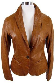 """Aparte Damen Lederjacke von """"Trapper Queens""""Im feminin, tailliertem Blazer-Style designte, leichte Lederjacke mit Reverskragen, Knopfverschluss, zwei Leistentaschen, einer Innentasche und"""