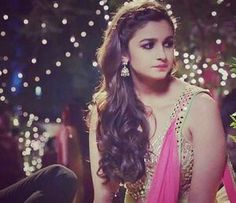 Alia Bhatt Bollywood Images, Bollywood Actors, Bollywood Celebrities, Beautiful Bollywood Actress, Beautiful Actresses, Aalia Bhatt, Corporate Women, Alia Bhatt Cute, Alia And Varun