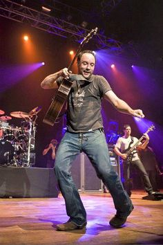 DAVE MATTHEWS BAND Little Red Bird reviews and MP3