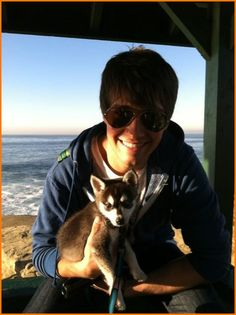 James Maslow and his puppy dog, Fox! This is truly amazing. What I wouldn't give to be with them...