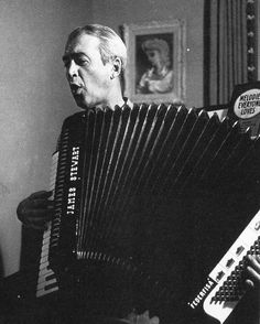 James Stewart playing the accordion.  #jamesstewart #vintagemovies #classichollywood #classicfilm #goldenagehollywood #vintagehollywood #classicfilm #oldhollywood #classicmovies