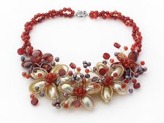 You can fing many beautiful and fashion gemstone jewelry in the series of jewelry 2013.